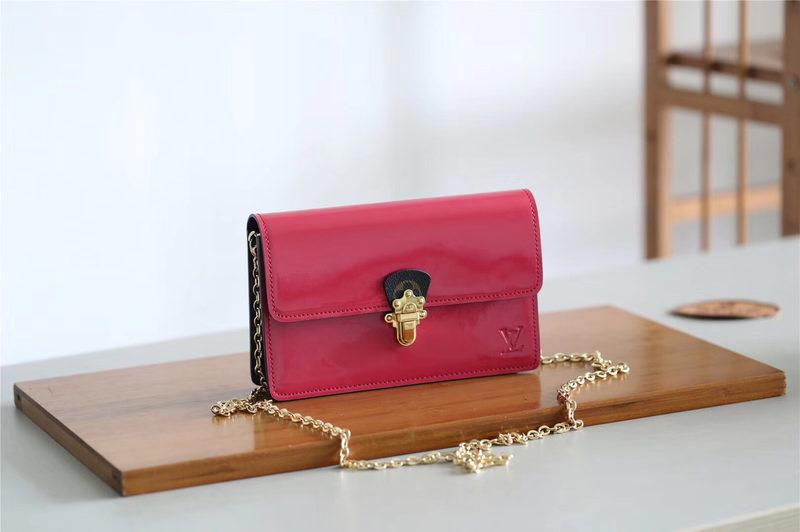 61931d24c054  M63326 Louis Vuitton 2019 Cherrywood Chain Wallet Patent Leather-Wine Red